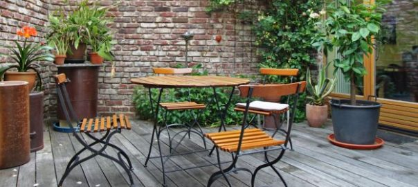 Consigli per arredare un giardino piccolo mostrasignorelli for Giardino piccolo